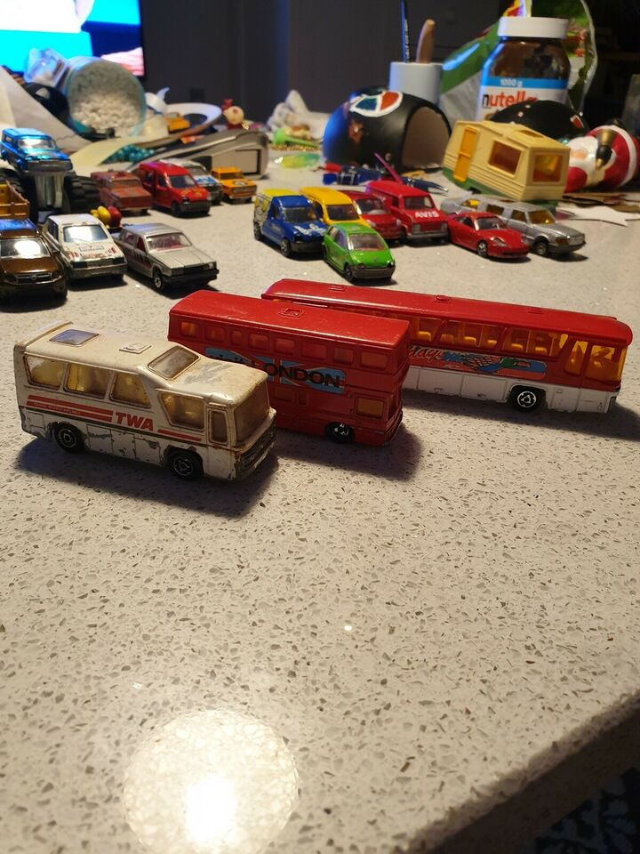 Bus, Majorette