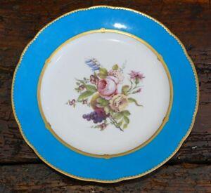 Assiette-XVIII-eme-En-Porcelaine-De-Sevres-Au-Bouquet-De-Fleurs-Lettre-Date-H-P