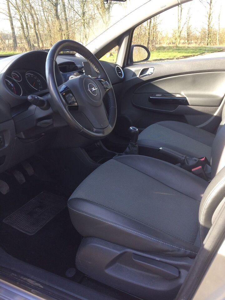 Opel Corsa, 1,2 16V Cosmo, Benzin