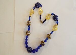 Vintage-amp-Original-Millifori-Style-Unusual-Shape-Gold-Tone-Frosted-Bead-Necklace