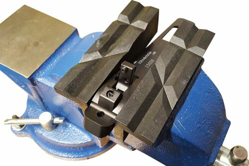 """Nylon Vise Jaw Clamps Multipurpose Use on Metal Vise Magnetic Reversible 4/""""Jaws"""