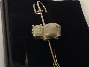 Guitar Body Strat GT137 Scarf Brooch and Kilt Pin Pewter 3 7.5 cm Made From English Modern Pewter