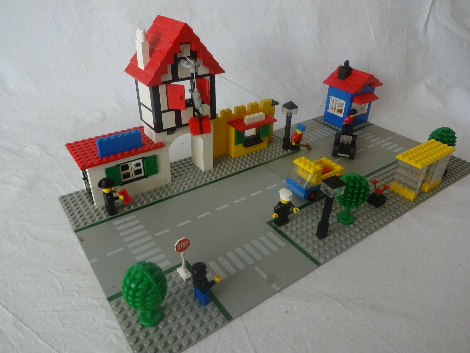 LEGO® City 1589 Town Square