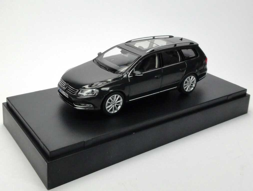 VW PASSAT B7 HIGHLINE TDI TSI ESTATE VARIANT URANO GREY 1 43 SCHUCO DEALER MODEL