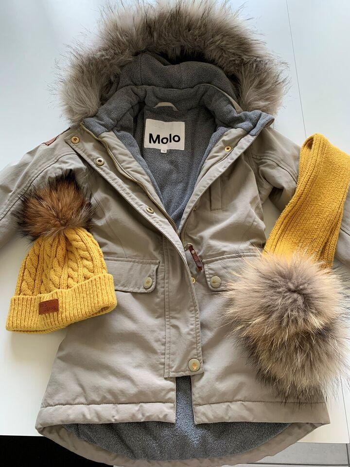 Vinterjakke, Vinterjakke med hue og halstørklæde, Molo