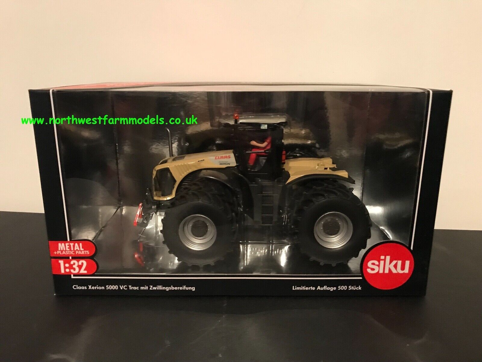 SIKU 1 32 SCALE CLAAS XERION 5000 VC VC VC TRAC WITH DUAL WHEELS CREAM LIMITED EDITION 814535