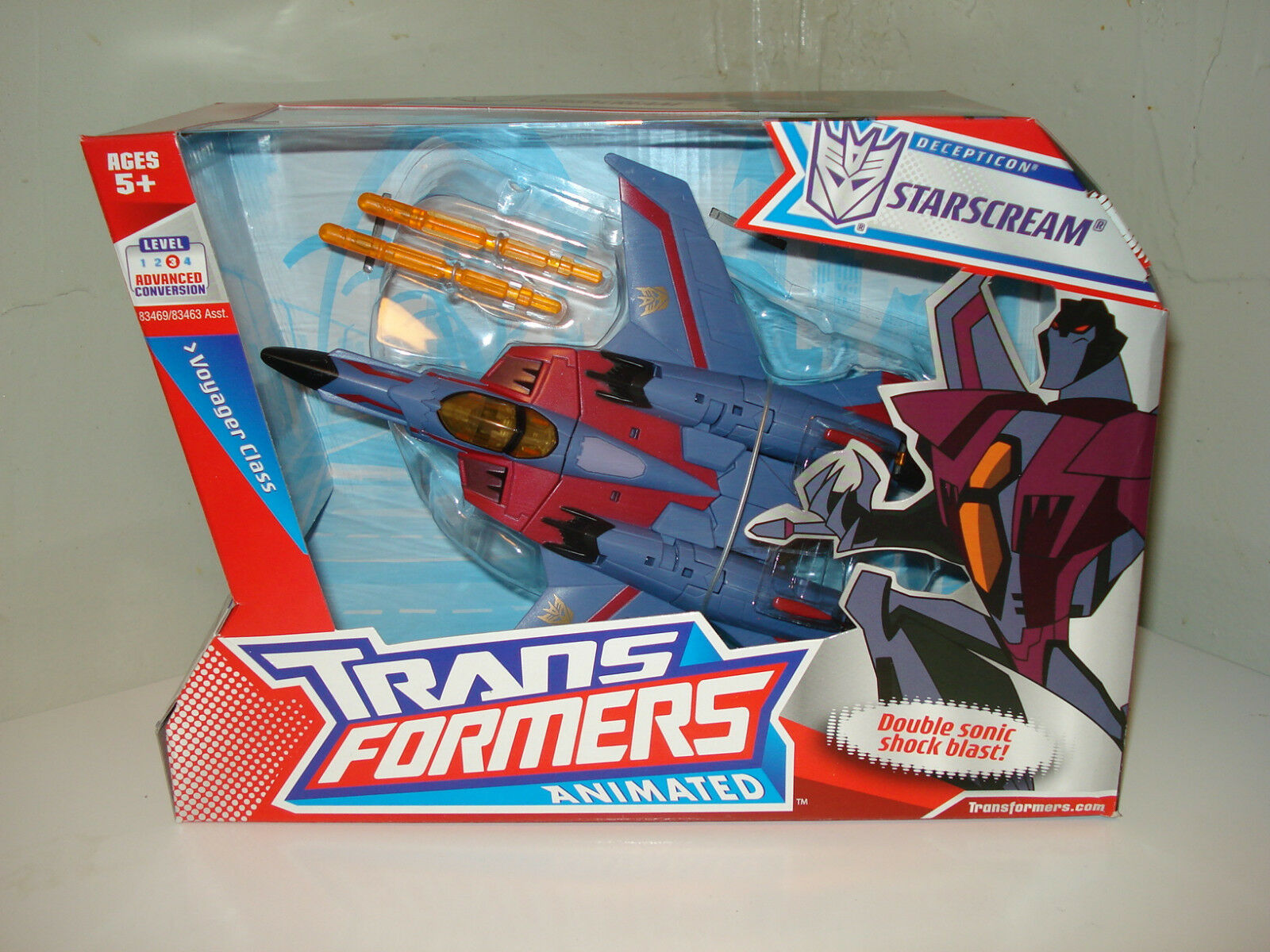 TRANSFORMERS  Animated Voyager Class STARSCREAM  8 in.