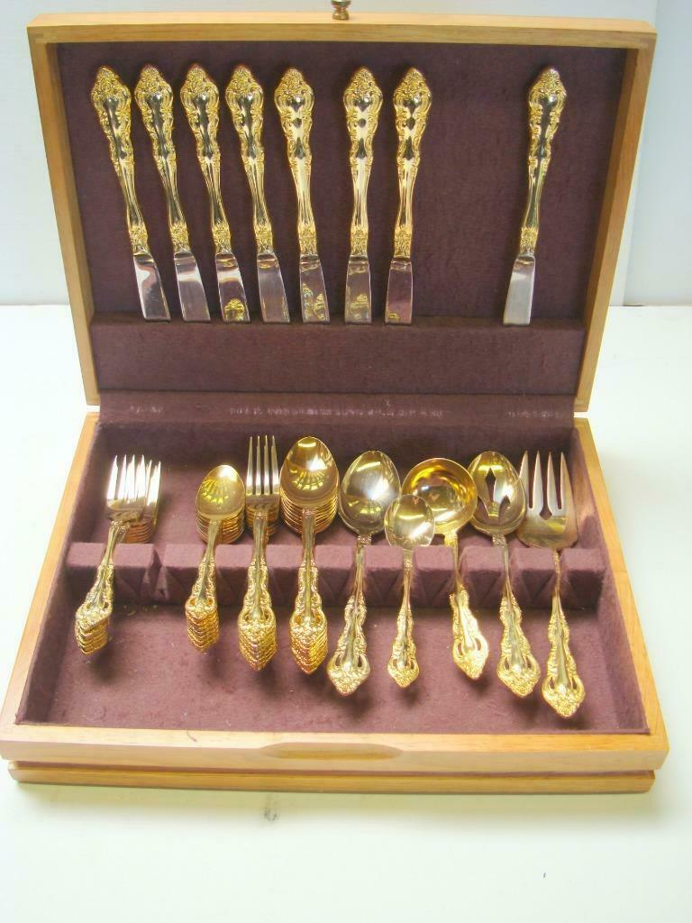 45 Pieces Royal Gallery Gold Plate Flatware w  5 Serving Pieces & Wood Chest