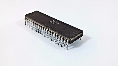 INTEL IC Chip DIP 40 Programmable Controller P8257 F3231030 8321 FF /'80 Vintage