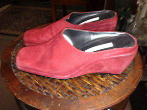 VTG-Gently-worn-RED-SUEDE-WEDGES-by-Ann-Marino-6-5-SELLING-THE-BLACK-ONES-TOO
