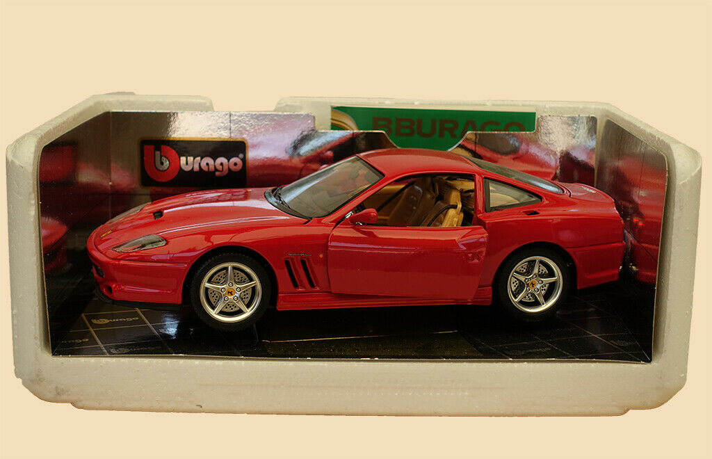 Voiture-miniature Ferrari 550 Maranallo 1996 oro Collection Bburago ® 1 18