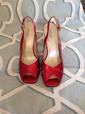 PREVIEW INTERNATIONAL Candy Apple Red Patent Slingbacks, sz 9 M