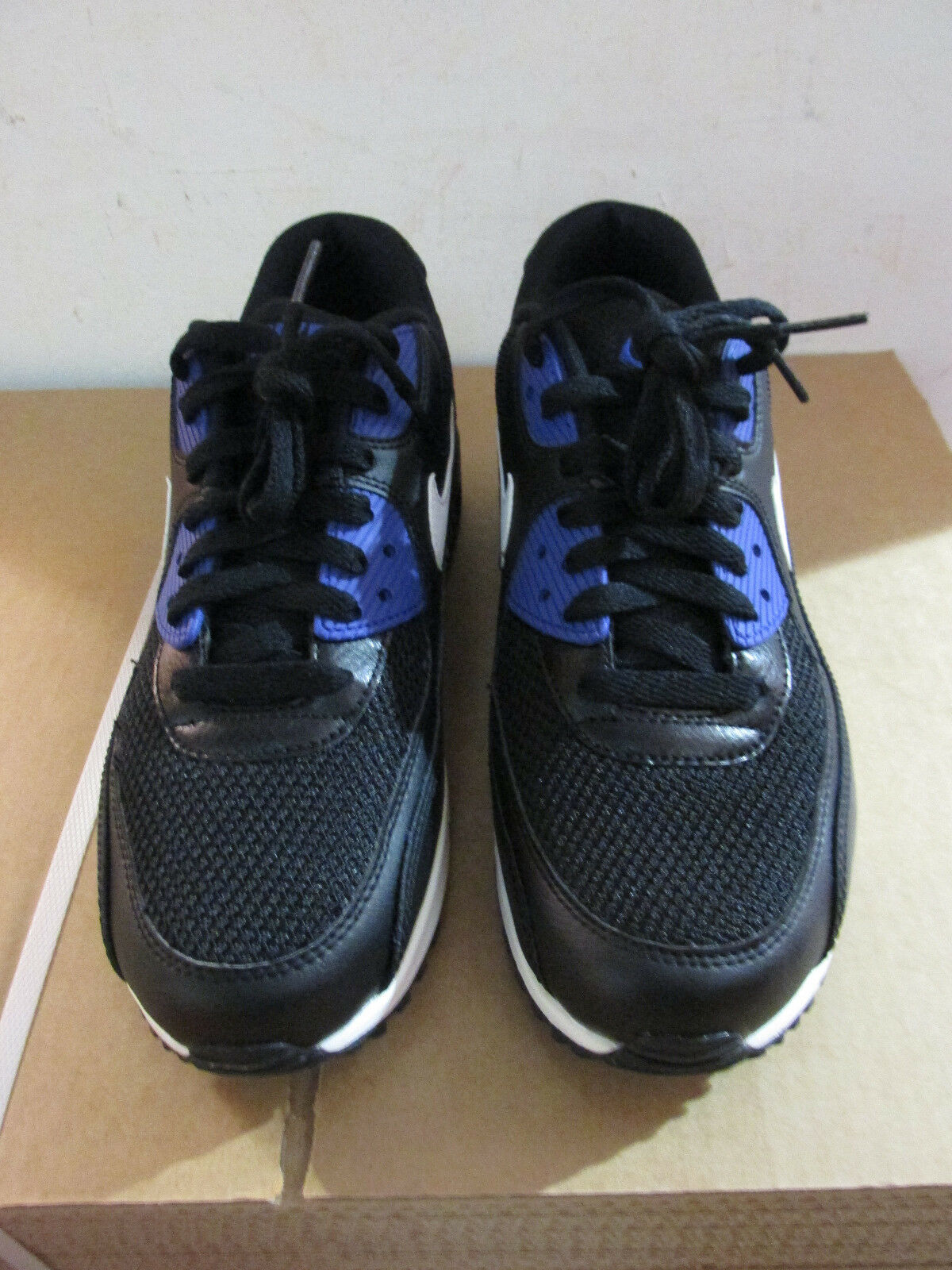 best service caafd 98500 ... Nike Air Max 90 Essentielles Essentielles Essentielles Chaussure de  Course pour Homme 537384 052 Baskets 7dc3ef ...