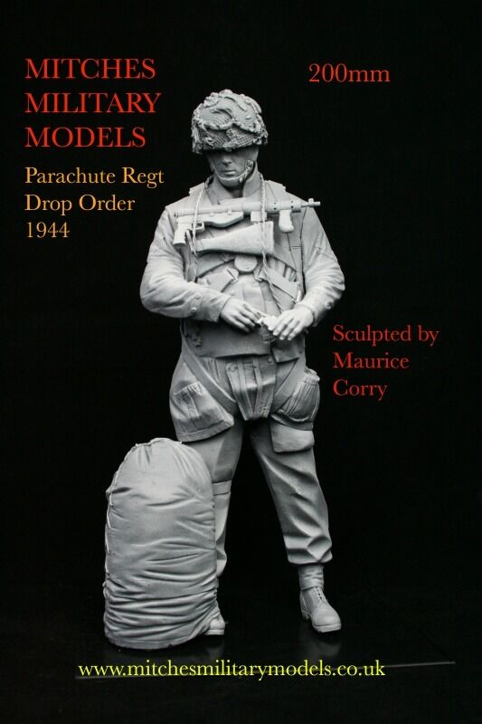 200mm 1 9 British Parachute Regt in Drop Order 1944, sculpted by Maurice Corry