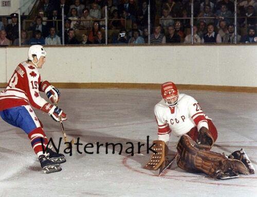 1974 Paul Henderson Canada Vladislav Tretiak Russia Breakaway Color 8 X 10 Photo
