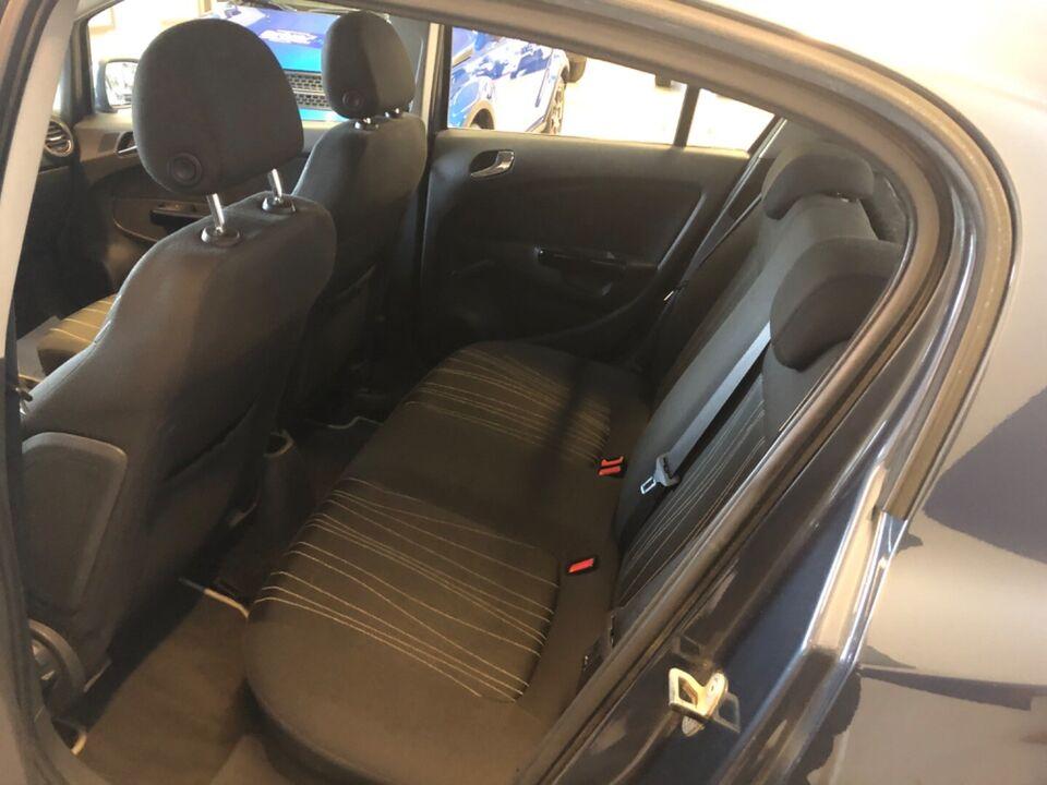 Opel Corsa 1,2 16V Enjoy Benzin modelår 2010 km 153000