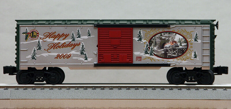 Discontinued  Lionel  25066 O gauge 2009 Christmas Boxcar new in the box