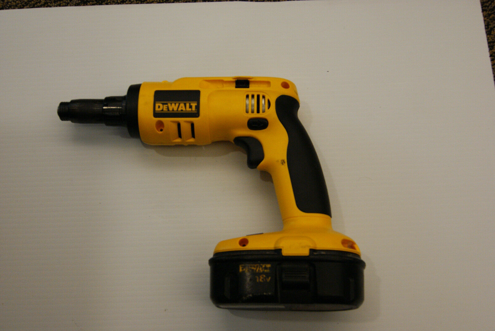 DeWalt Cordless Light Gauge Steel Screwdriver 18v DC668 - Unstested, No Charger
