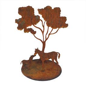 Mare-and-Foal-ond-Gum-Tree-Metal-Garden-Art-Sculpture