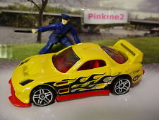 2013 POLICE PURSUIT Design 24/SEVEN∞yellow/red/flames;pr5∞Loose hot wheels