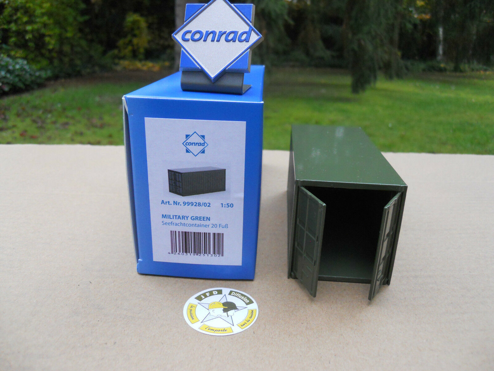VEHICLE MILITARY CONRAD (4) CONTAINERS 20 FEET FEET FEET DOORS OPENING OLIVE DRAB bb563b