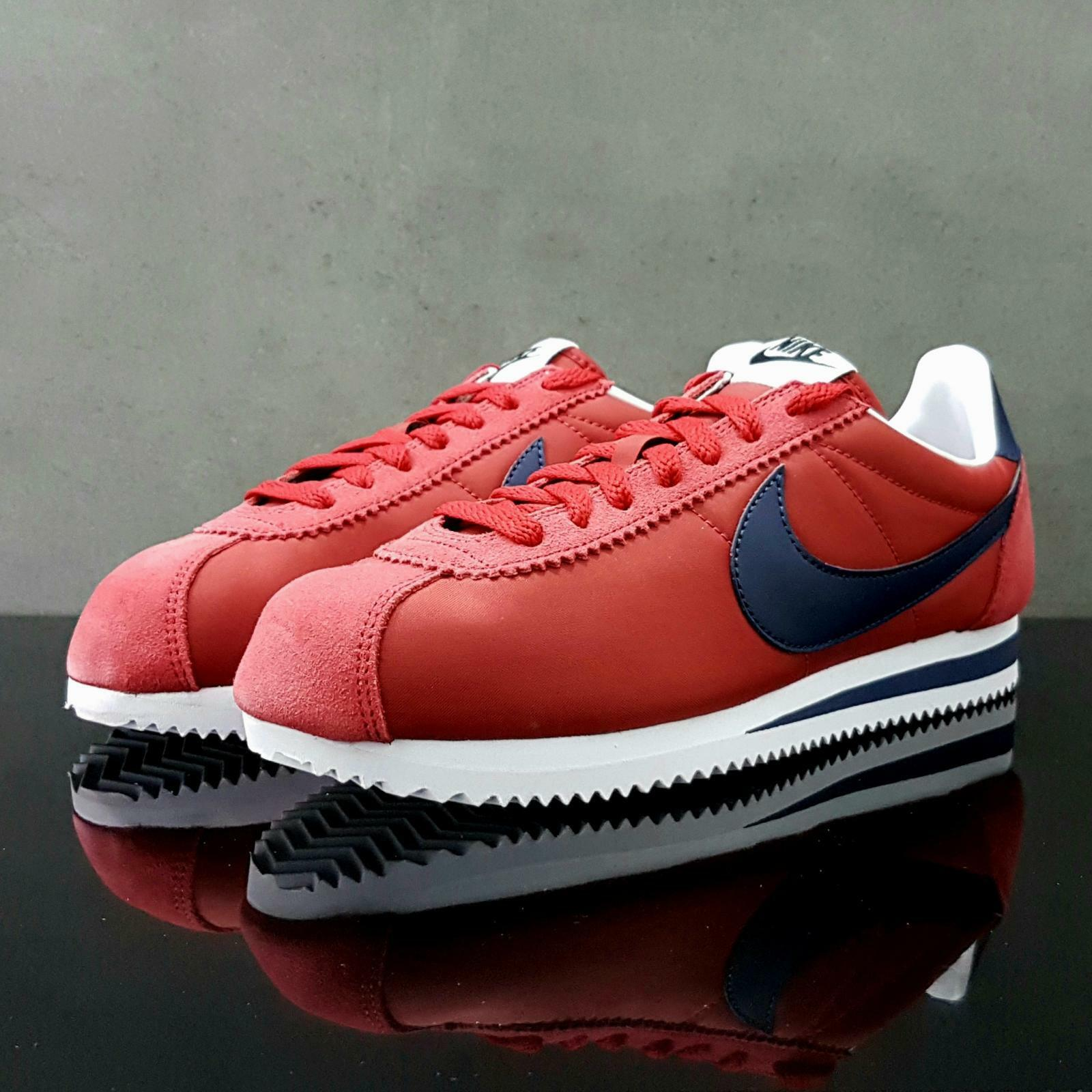 Nike Classic Cortez Nylon rouge/Navy Trainers