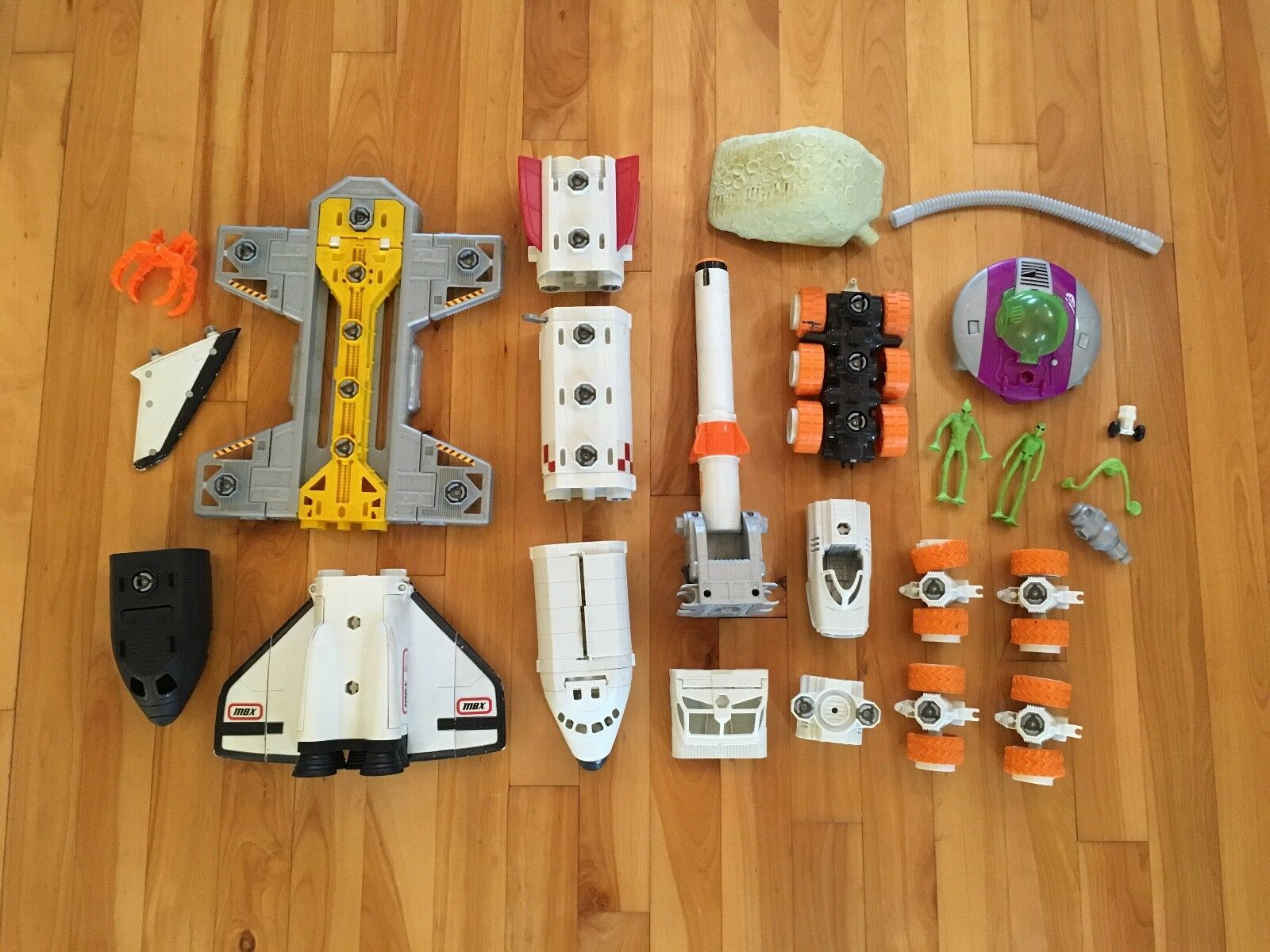 Matchbox Mega Rig Spaceship Shuttle & Power Space Rover Building System Set Lot