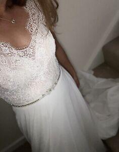 White-Rose-Wedding-Dress-A-Line-Eyelash-Lace-Embellished-Size-12-Fits-A-Uk10