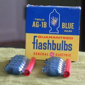 12 Vintage AG-1B GE Blue Flashbulbs in Original Box General Electric