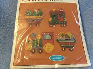 ****CURRENT**** ORNAMENTS #7143-3 (NEEDLEPOINT)