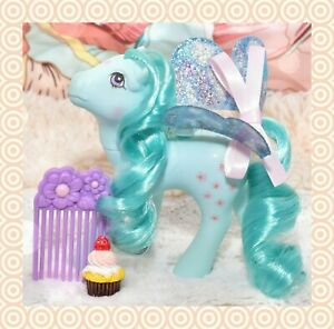 My-Little-Pony-MLP-G1-Vintage-FLUTTER-PONY-Peach-Blossom-with-Wings-amp-Comb