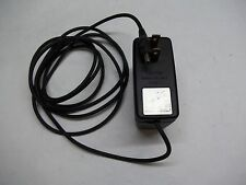 Ach-4U 120V 9 Vdc 700mA Ac / Dc Power Adapter See Decription!