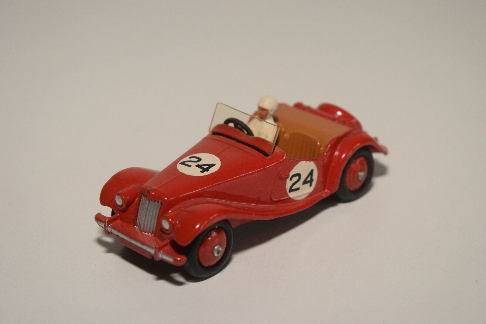DD 1 43 DINKY TOYS 108 M.G. MIDGET SPORTS CAR rosso VN MINT CONDITION