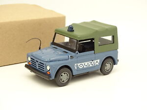 Voitures anciennes 1/43 - Police Fiat Campagnola
