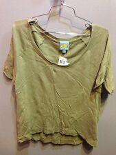 $68 NWT C&C California Brand Solid Green High Low Crop T Shirt Size M