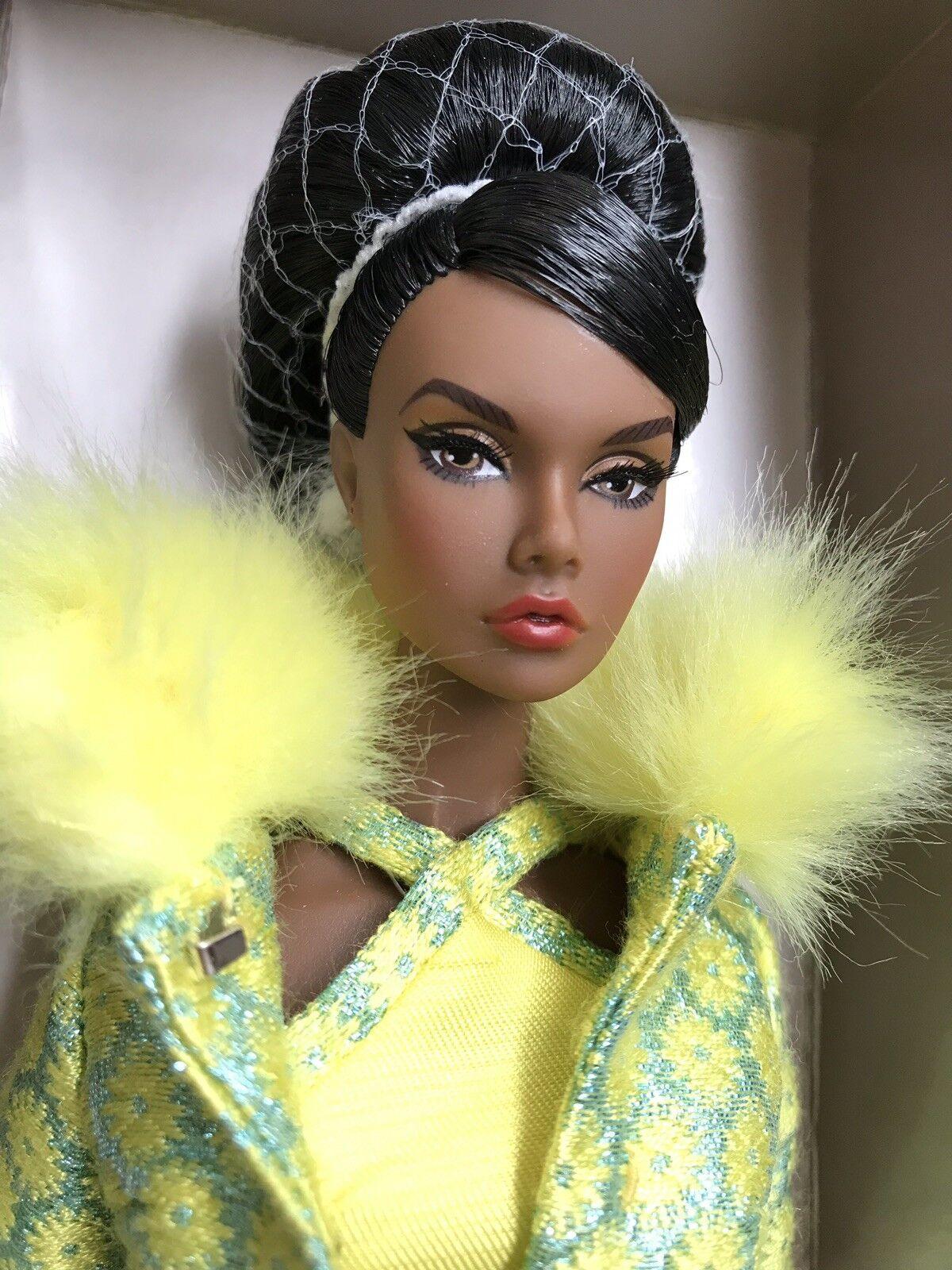 LUXE VITA convenzione Fashion Royalty Poppy Parker Colazione Regalo Bambola mai tolto dalla scatola  2