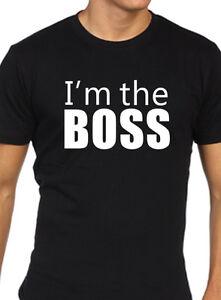 I-039-M-The-Boss-T-Shirt-Uomo-Divertente-Lavoro-Regalo-Ufficio-Regalo