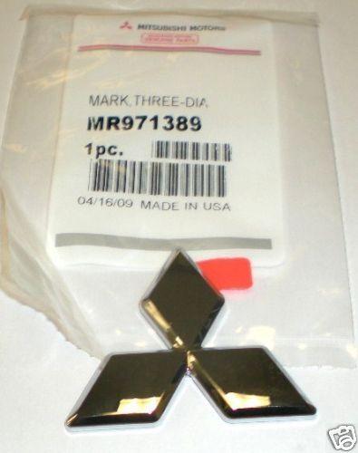 Genuine Mitsubish Emblem Badge Eclipse Triple Diamond Front NEW 02-05 MR971389