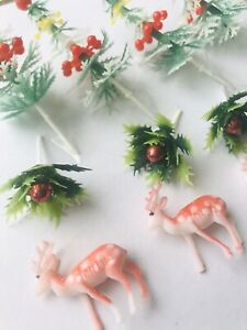 12-x-Christmas-Reindeer-Holly-And-Tree-Plastic-Cupcake-Toppers-Cake-Xmas-Party