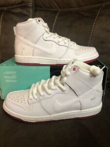 9e8e84516c9bb Nike SB Zoom Dunk High Pro QS Kevin Bradley White Red AH9613 116 ...