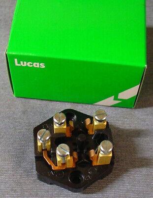 HOLDER MG TRIUMPH AUSTIN HEALEY MORRIS GENUINE LUCAS 37132 SF6 1G2613 FUSE BOX