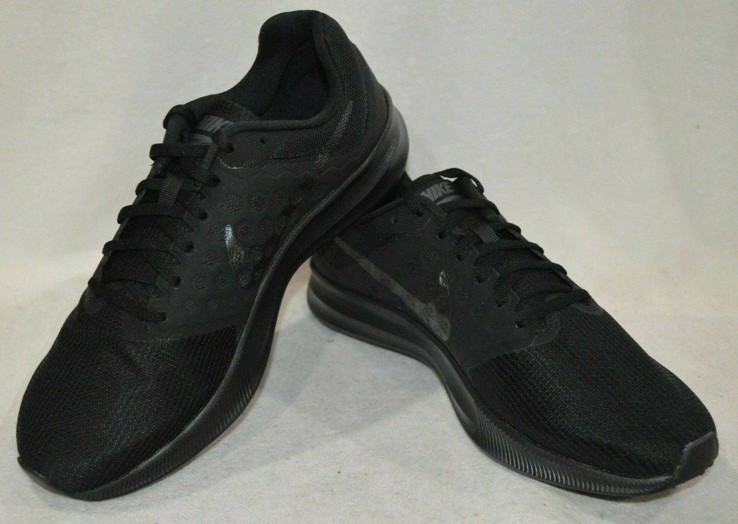Nike Men's Downshifter 7 Black Metallic Hematite A Running shoes-Asst Sizes NWB