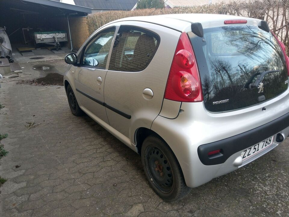 Peugeot 107, 1,0 Comfort, Benzin