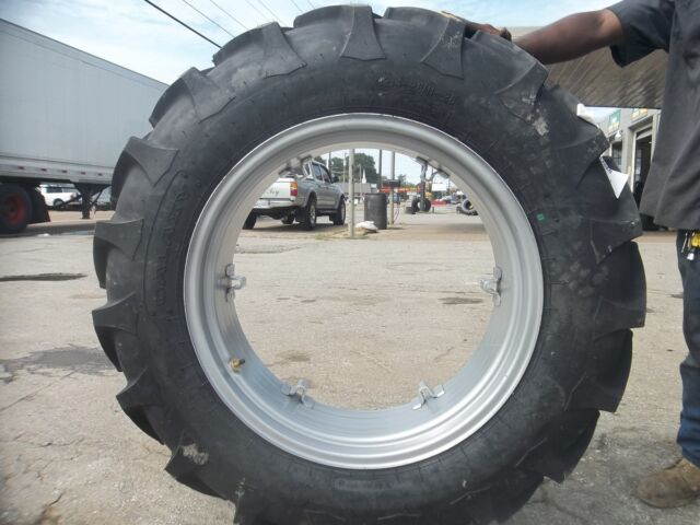 TWO 12.4x28,12.4-28 8 Ply FORD JUBILEE 2N 8N Tractor Tires on 6 Loop Wheels