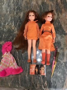 2-Vintage1969-amp-1971-Ideal-Toys-Crissy-Chrissy-Doll-With-Brushes-PamphlET-amp-Poncho