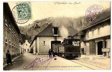 CPA 38 Isère Fourvoirie Train d'expédition sortant de la distillerie animé