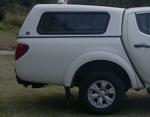 Image is loading DUAL-CAB-UTE-CANOPY-FOR-MITSUBISHI-MN-TRITON- & DUAL CAB UTE CANOPY FOR MITSUBISHI MN TRITON SMOOTH FINISH | eBay