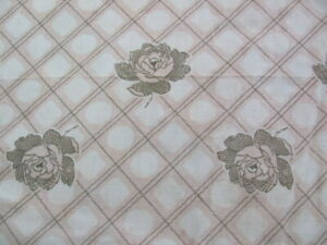 Vintage-quilting-weight-cotton-pastel-pink-tan-roses-37-w-x-6-yards-quilt-back