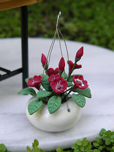 Miniature-Dollhouse-FAIRY-GARDEN-Deep-Red-Flowers-Poppies-in-Hanging-Pot-NEW