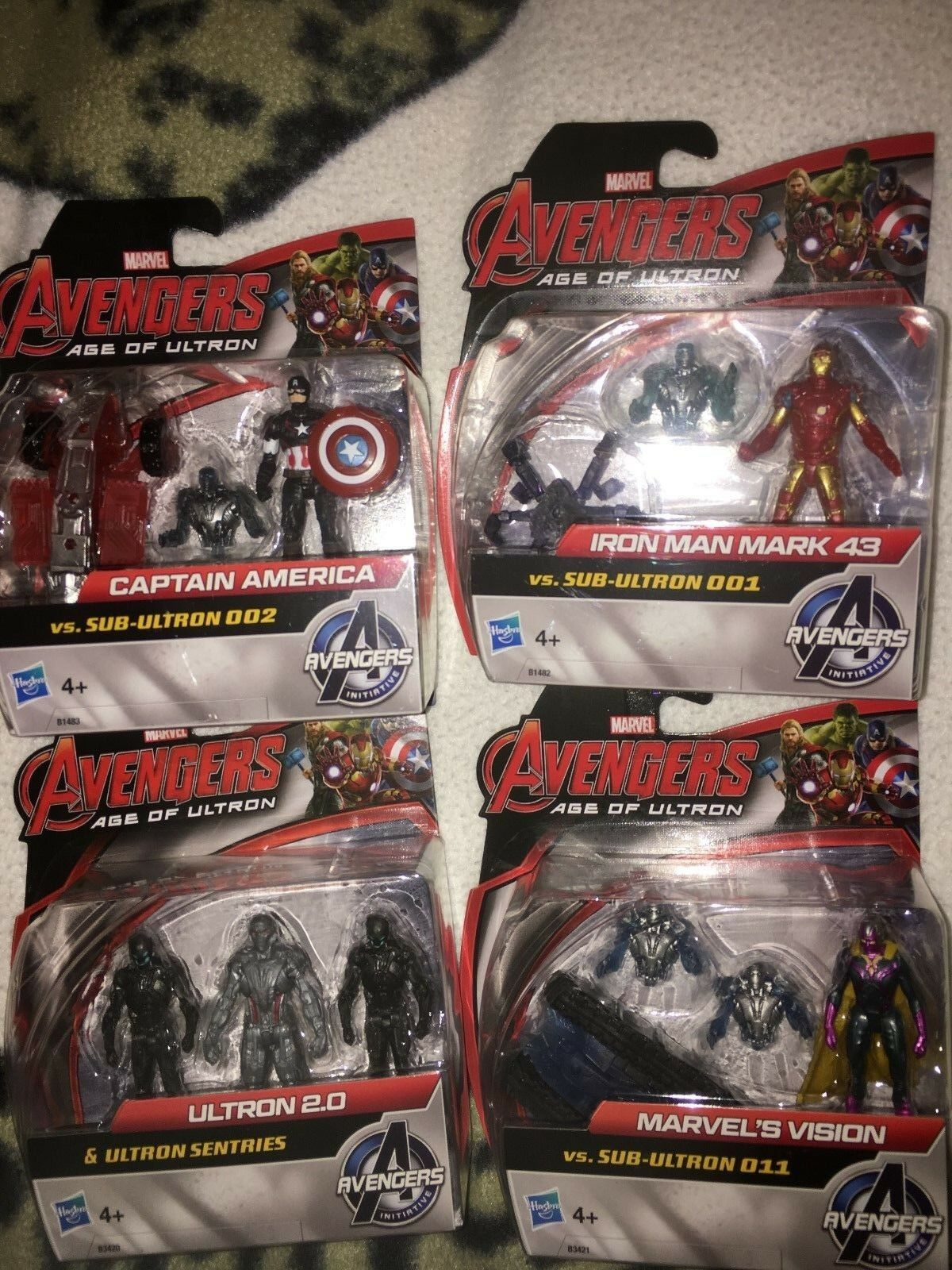 Avengers age of ultron  Captain America  Iron man and  four other 3 inch figures